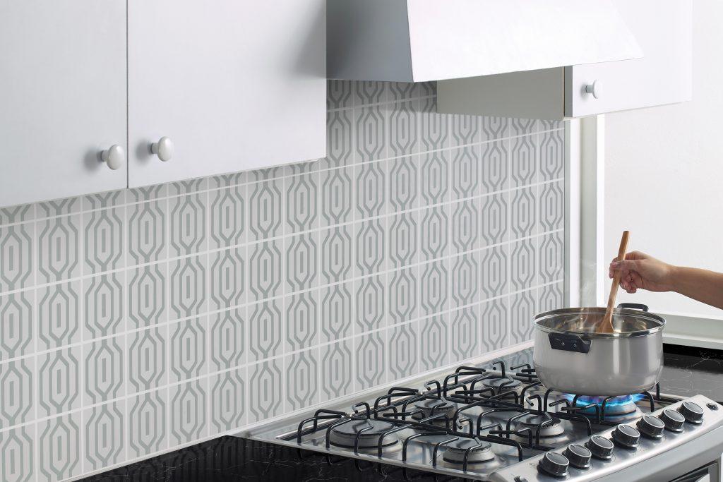 Adherible Greco Betterware. Los adheribles son la mejor forma de remodelar tu hogar a bajo costo.